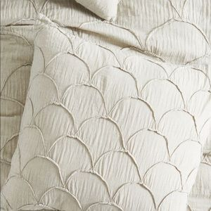 "NWT Anthropologie 26"" Euro Pillow Sham - 1 Grey"
